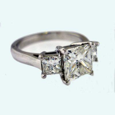 ENGAGEMENT MOUNTINGS